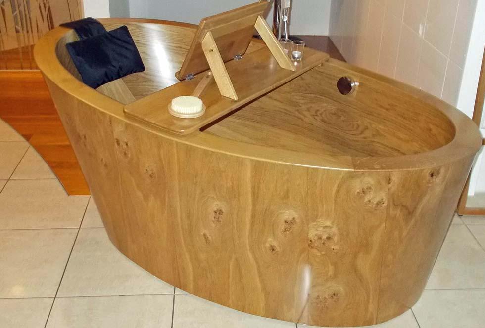 Die Fricke & Dannhus Holz-Badewanne Details